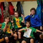 Urkunde, Pokal und Medaillen: Leo, Flo, Tobi, Felix und Stefan