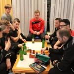 Konzentrierte Blicke beim Pokern